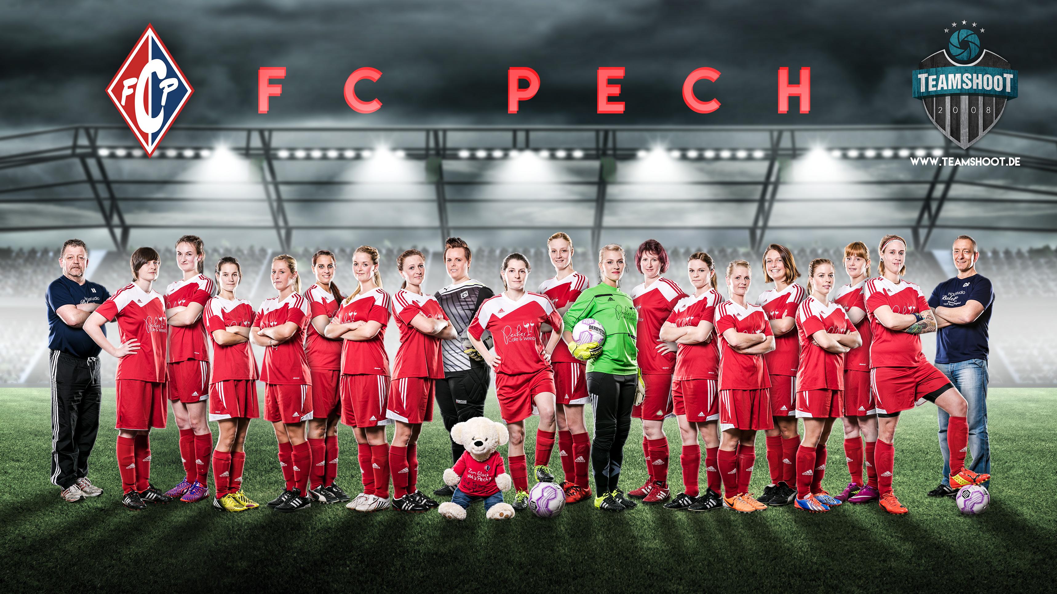 Frauenfußball cooles Mannschaftsfoto der Damen vom FC Pech bei Bonn